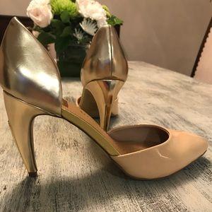 Nude/Gold Dolce Vita Heel